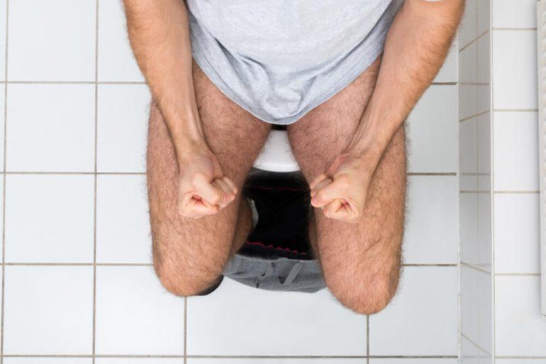 Как правильно сходить в туалет при геморрое