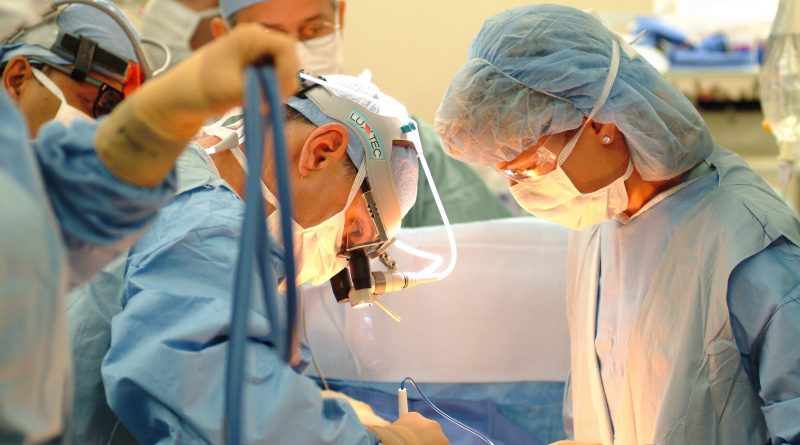 показания к оперативному лечению геморроя