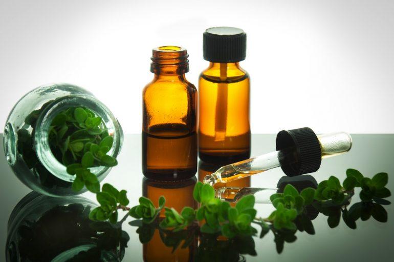 Какими лечебными свойствами должны обладать эфирные масла от геморроя?