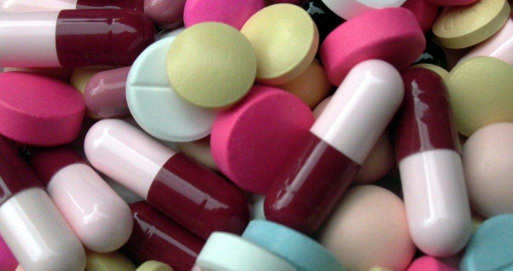 Антибиотики при геморрое какие