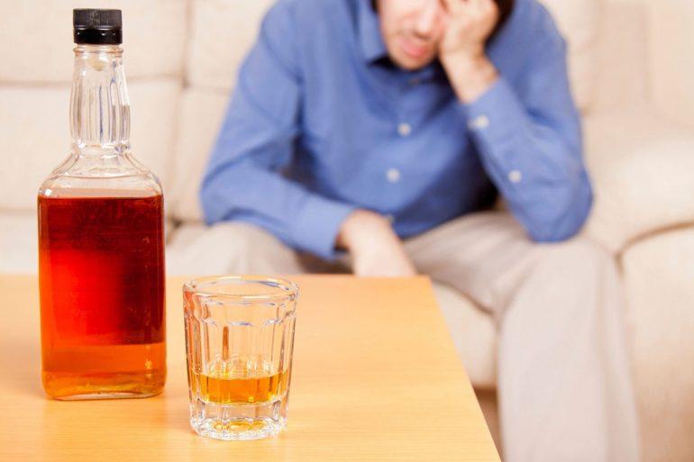 Как влияет алкоголь на недуг?